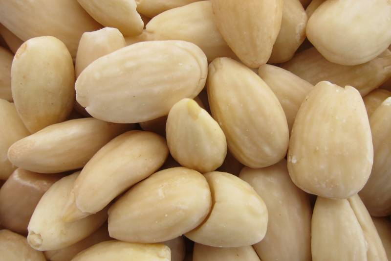 Almonds, Raw, Blanched 7 oz.