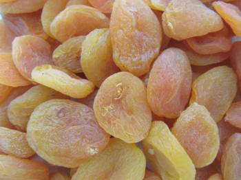 Turkish Apricots, Dried 12 oz.