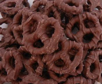 Chocolate Pretzels 6 oz.